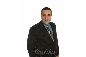 Raphael Dumais, Courtier immobilier