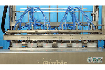 DGT Solutions Inc. à Lachine: Automatic Liquid Filling and Capping Machine