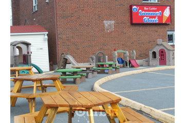 O' Sommet glacé à Sherbrooke: coin aire de jeux d'enfants