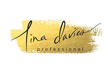 Tina Davies Professional in Harmony Microblade