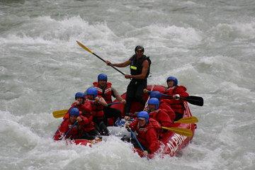 Alpine Rafting in Golden: Kicking Horse River Rafting