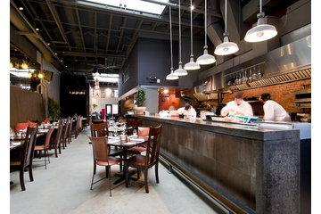 Atelier B Comptoir Polissage in Montréal: le local- comptoir de béton