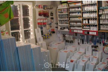 LA VIEILLE MAISON, ENCADREMENT in Repentigny: Toiles 75 formats, peinture, accessoires