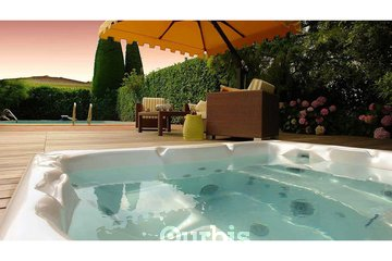 Endless Leisure - Beachcomber Hot Tubs & Patio Furniture in BURNABY