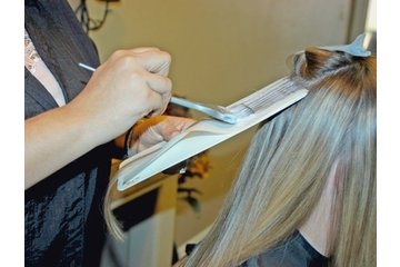 Alta Moda Hair à Vancouver: EXPERT HIGHLIGHTING TECHNIQUES