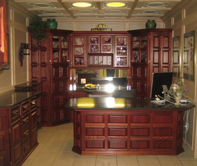 Medallion Kitchen Cabinets Mfg No 1 Ltd, Penticton BC