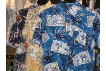 Chico's Paradise Clothing & Gifts in Peachland: men's microfibre shirts