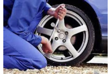 Husky Towing à Vancouver: Flat Tire?  We can help!