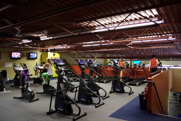 Club Phoenix in Victoria: Cardio Room