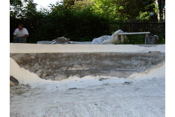 D.R.Concept  rbq 8003 3921 01 à Châteauguay: Réparation de piscine de béton (avant)