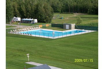 Camping Grégoire Plage (Lacolle) in Lacolle: Piscine