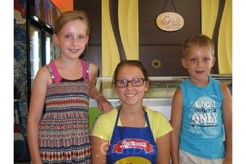 La Bouche en Folie Inc. à Joliette: Nicky et son frère et sa soeur à La Bouche en Folie Inc.