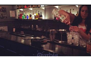 Fine Art Bartending School in Vancouver: Bartending Practice makes perfect bartenders