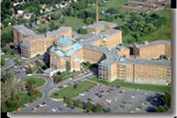 Hôpital du Sacré-Coeur de Montréal in Montréal