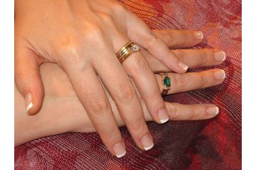Bio Sculpture Gel Nails. UV Gel Nails. Manicure Pedicure. Waxing. Angles Royal Oak 263.3365