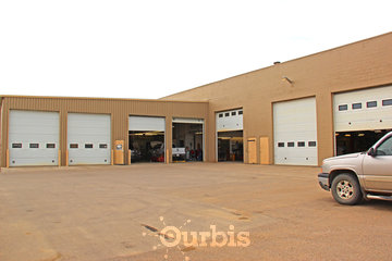 Herle's Truck & Auto Specialists in Lloydminster: Back View