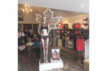 BÉA - Boutique de lingerie in Beloeil: BÉA - Boutique de lingerie fine - Corseterie - Sous- Vêtements adaptés (Beloeil, Rive-Sud)