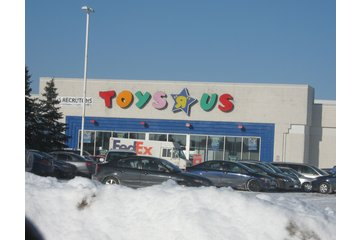 Toys R Us in Saint-Bruno-de-Montarville