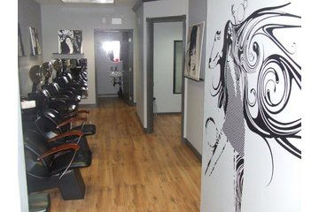 Razor's Edge Salon