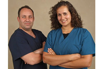 Centre Dentaire Dr Christian Bertrand à Montréal: Dr Christian Bertrand and Dr Nancy Morais
