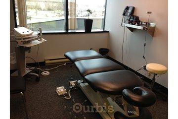 Dr Sylvain Desforges, ostéopathe in Laval: Clinique TAGMED Salle de traitement