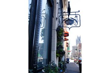 Chez Delmo in Montréal