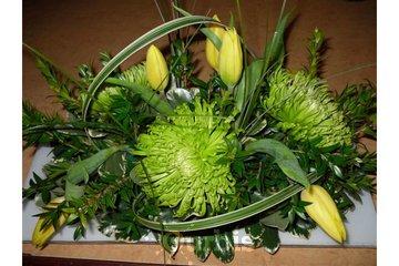 Aux Coeurs Fleuris Inc à Saint-Basile-le-Grand: Aux Coeurs Fleuris, Arrangement Florale, Centre De Table, Fleuriste, Montérégie, 450-441-1008