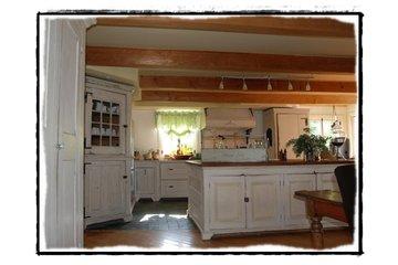 Le Futur Anterieur in Victoriaville: Cuisine rustique- Fabrication en bois ancien