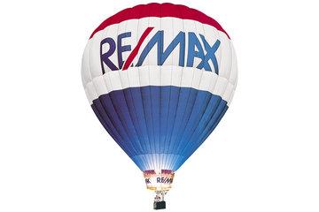 Tom Sachdeva's Team @ Re/Max Dynasty Realty Inc