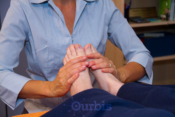 BALANCE ARTS STUDIO - Reflexology | Alexander Technique | Bach Remedies