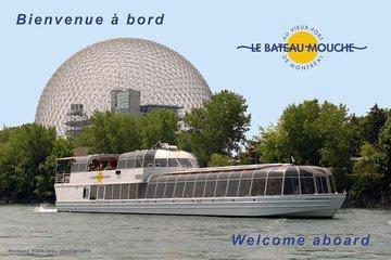 Bateau-Mouche au Vieux Port de Montréal