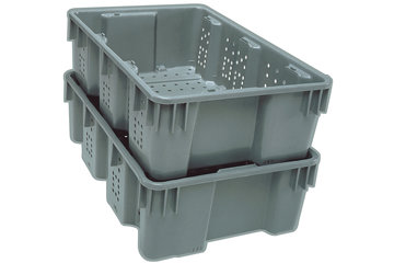 Dubois Agrinovation in Saint-Rémi: grey plastic containers