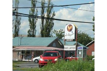 Bar Laitier Rotisserie St-Hilaire - Le Coq Extra
