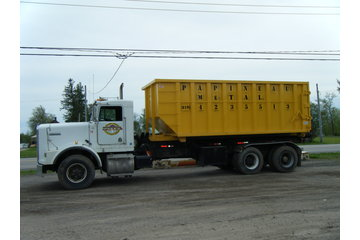 Papineau Metal in Fassett: Notre camion roll off