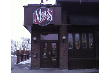 Moe's Deli And Bar à Montréal