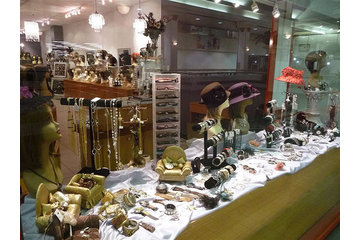 Haya Kova Inc in Côte-Saint-Luc: Fashion jewelery