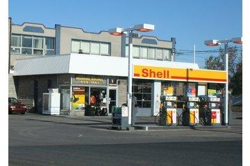 Candiac Shell Service Station à Candiac