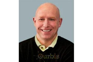 Dr. Chris W. MacLean