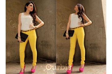 Frakas Shops For Women in Kelowna: Premium color skinny leg jeans