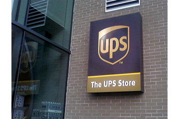 The Ups Store in Montréal