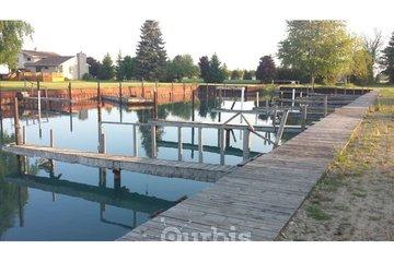 Blue Water Shiloh Park à Wallaceburg: Boat Wells Wallaceburg
