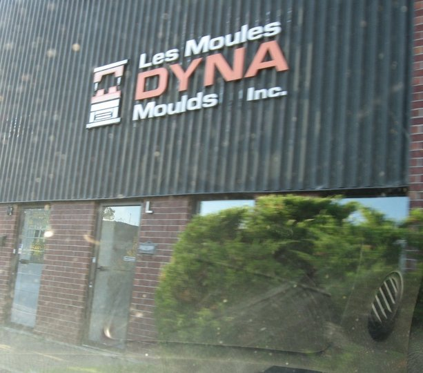 Les moules dyna mould inc brossard qc ourbis for Meuble brossard