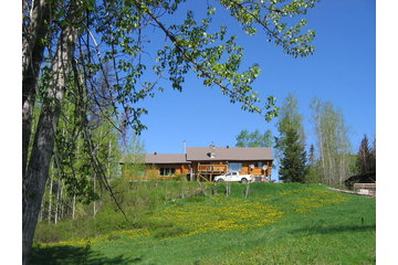 MamaYeh RV Park and Log Home Bed and Breakfast