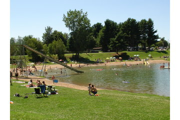 Camping Grégoire Plage (Lacolle) in Lacolle: Lac