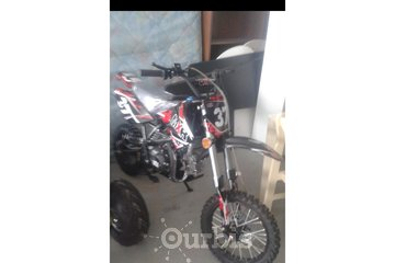 AUTO VTT MOTO A VENDRE in Sainte-Anne-des-Monts: Moto cross