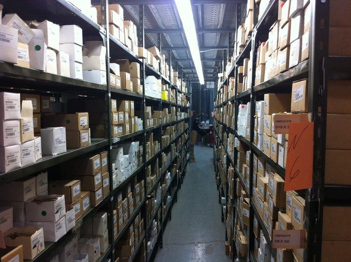 Les fournitures industrielles mega ltee drummondville qc for Bureau en gros hours