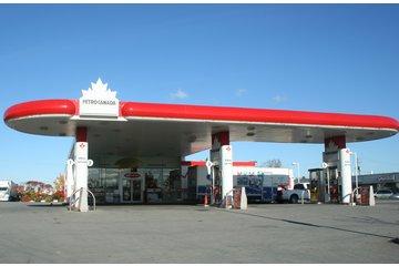 Station De Service Petro Canada à Candiac