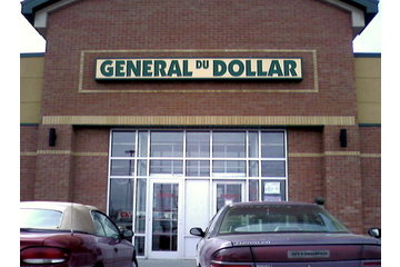 General Du Dollar in La Prairie