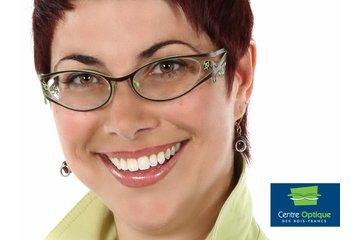 Centre Optique Bois-Francs in Victoriaville: Des lunettes et montures audacieuses - Cliente du Centre Optique des Bois-Francs.