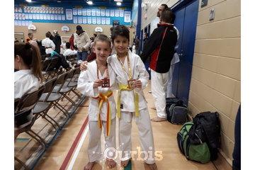 Ryu Karaté Shotokan à Chateauguay: Avec la persévérance on obtient la réussite de nos objectifs.